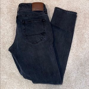 Aeropostale Men's Super Skinny Black Jeans.